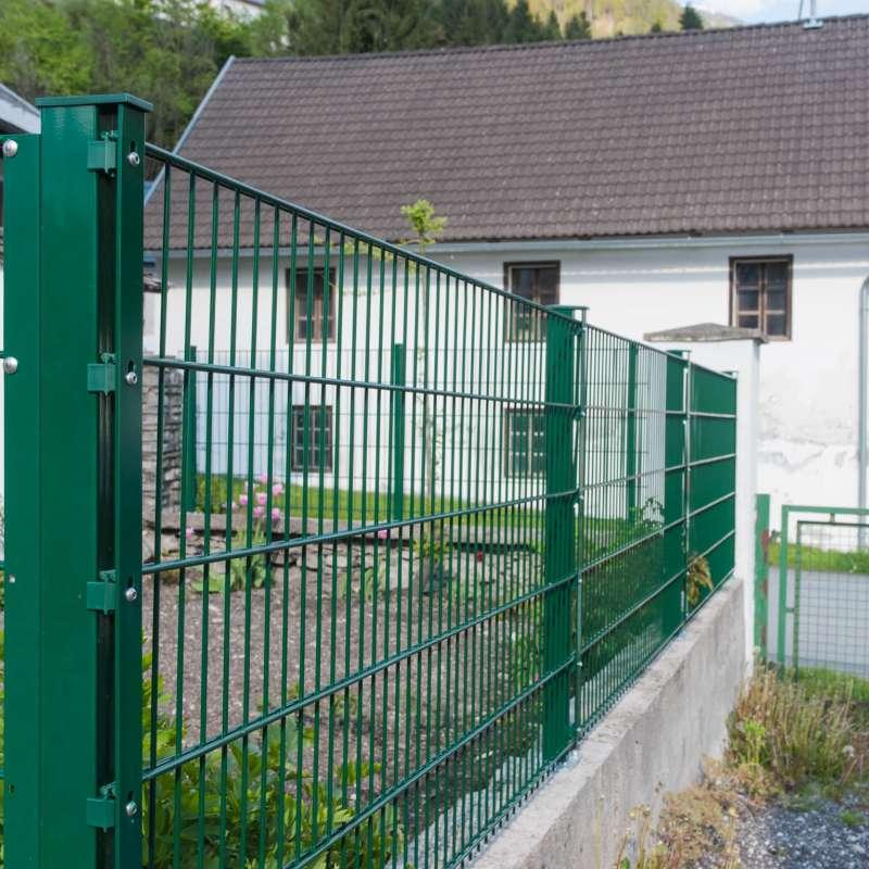 Gartenzaun in lackierter Ausführung - © www.metallbau-koplenig.at
